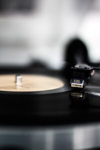 vinyl-3557749_1920